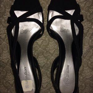 Black Naturalizer sandals size 9 1/2